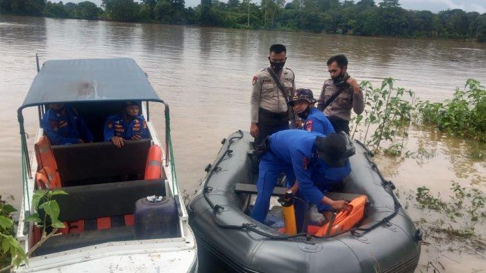 Perahu Karam Petani di Muba Tenggelam di Sungai Musi