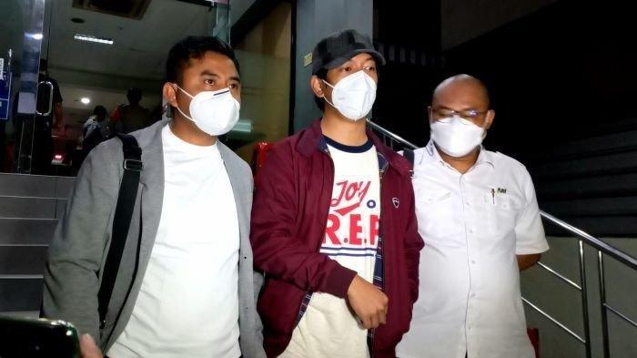 Rian DMasiv Akhirnya Bereaksi Tudingan Pelecehan Seksual Oleh Twitter Denny Sakrie, 'Butuh Saksi'