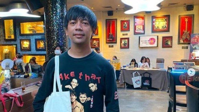 Kolase Foto Rian Ekky Pradipta yang Dituduh Lecehkan Anak Tunggal Mediang Denny Sakrie, Pengamat Musik