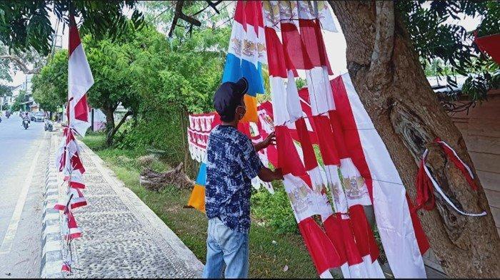 Semarak HUT ke-76 RI, Bupati OKI Iskandar Ajak Warga Kibarkan Bendera Merah Putih Satu Tiang Penuh