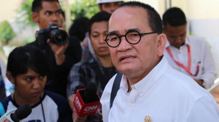 Ruhut Sitompul Beri Peringatkan Keras Kepada Pihak yang Sebarkan Kabar Megawati Sakit