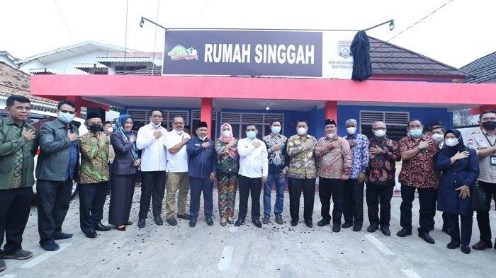 Devi-Inayatullah Penuhi Janji Siapkan Rumah Singgah Muratara di Palembang