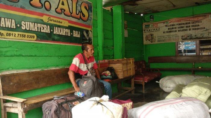 Curhat Pemilik Loket di Lubuklinggau, Dampak Larangan Mudik Omzet Anjlok
