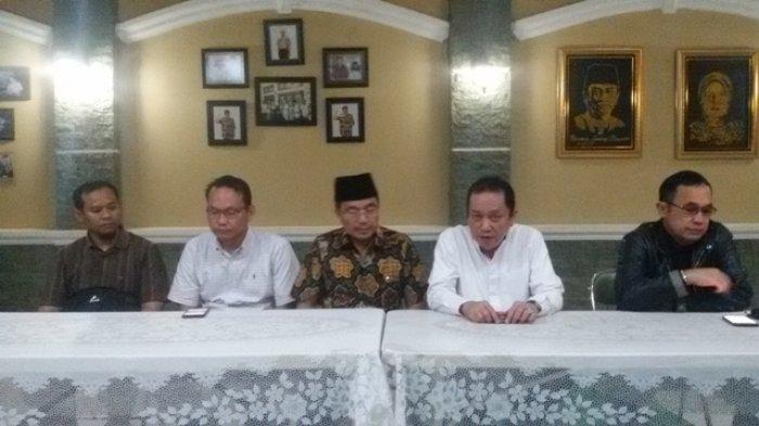 Link Download Hasil Putusan MK Pilkada Palembang : Gugatan Sarimuda-Cek Rozak Ditolak, Ini Alasan MK