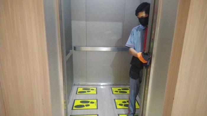 Satu Lift Dibatasi Enam Orang di Palembang Icon