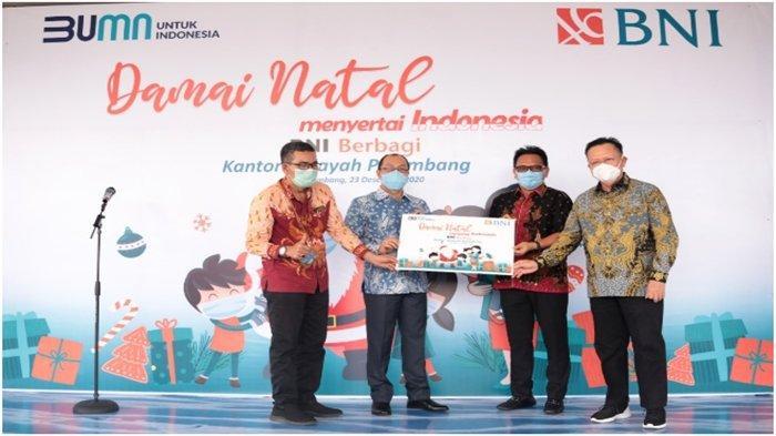 Sambut Nataru, BNI Bagi Sembako ke GBI Musi Palem Indah dan Yayasan Pansos Bodronoyo