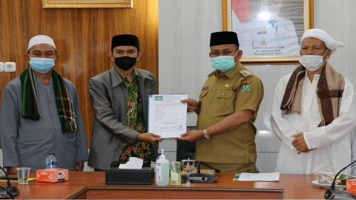 Bupati Muaraenim H Juarsah Dukung Perda Pesantren Diterbitkan