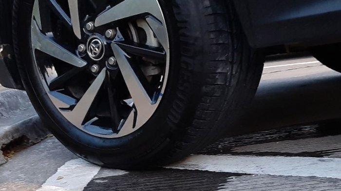Harap Diperhatikan Bila Kondisi Mesin Mobil Mati Tapi Ada Tetesan Air dari Kolong Mobil
