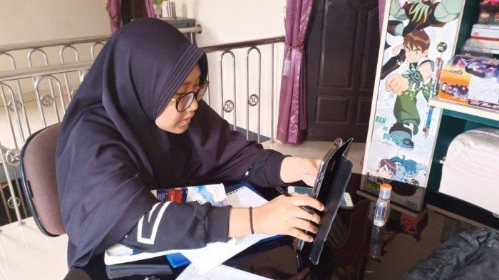 Certa Pelajar Baturaja Belajar di Rumah, Lebih Santai, Ruang Kelas Online Mulai Pukul 07.30