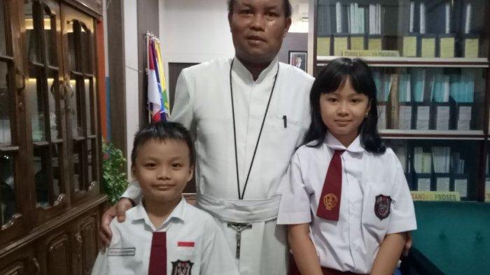 2 Siswa SDK Frater Xaverius 2 Palembang Tembus Final Kompetisi Matematika Nalaria Realistik (KMNR)