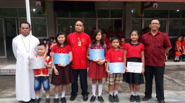 5 Siswa SDK Frater Xaverius 2 Palembang Raih Penghargaandi Olimpiade Tingkat Internasional