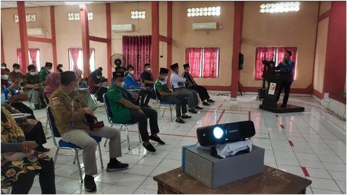Masyarakat Punya Hak Awasi Pemilu, 75 Elemen Warga di Muara Enim Ikuti Sosialisasi Bawaslu