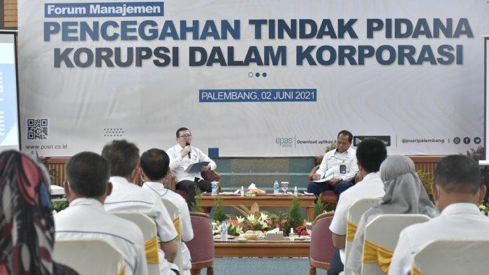 Kerjasama Dengan Kejati Sumsel, Pusri Cegah Tindak Pidana Korupsi Dalam Korporasi - sosilasi-pencegahan-2tindakan-korupsi-di-pt-pusri-persero-kerjasama-dengan-kejati-sumsel.jpg