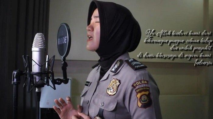 Sosok Briptu Rizka Munawwaroh, Polwan Polda Sumsel yang Mengcover Lagu Al-Waba Nissa Sabyan