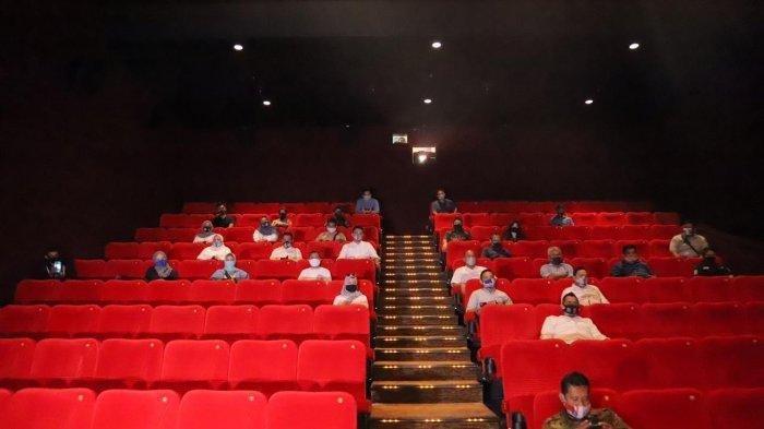 Luhut Sebut Pemerintah Izinkan Bioskop Buka Untuk Daerah PPKM di Level 2 dan 3, Berikut Aturannya