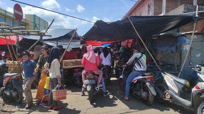 Harga Sembako Naik di Pasar Pendopo Empat Lawang, Jelang Hari Raya Idul Adha