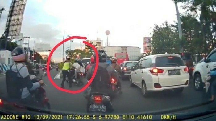 Begini Nasib Polantas Dorong Pengendara Motor Berboncengan Hingga Jatuh di Jalan Pemuda Semarang