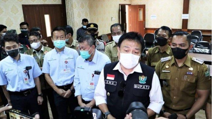 Monitor Pelaksanaan Vaksinasi, Pj Bupati PT TeL Role Model Vaksinasi Gotong Royong