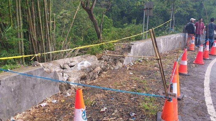 Warga Ngeri Melintas di Liku Lematang Tempat Kecelakaan Bus Sriwijaya, Pembatas Belum Diperbaiki