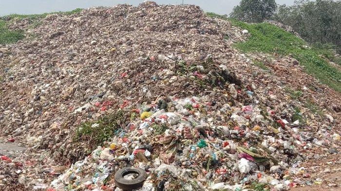DLH OKU Timur Angkut 20 Ton Lebih Sampah Perhari, Meningkat Sejak Awal Puasa