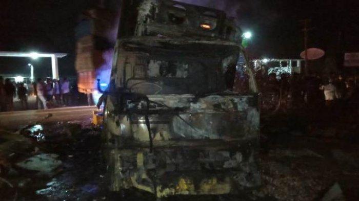 Mobil Box Oleng di Jalintim OKI, Hantam Pertamini & Bakar Rumah, 5 Kritis, Bocah 3 Tahun Meninggal