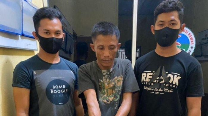 Seorang Pedagang di Musi Rawas Kedapatan Sembunyikan 18 Paket Sabu di Kayu Atap Rumah