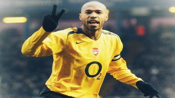 Sejarah Hari ini : Video Thierry Henry Menyudul Bola Menggunakan Tangan Saat Bersama Juventus