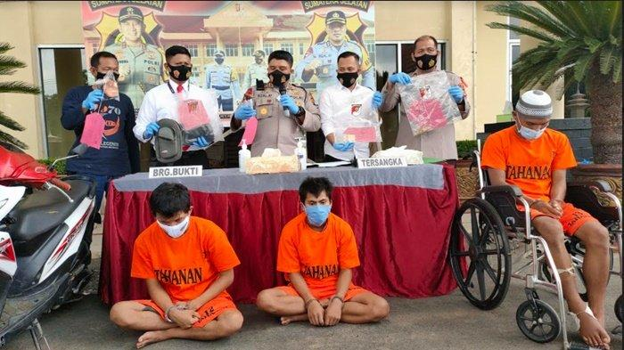 3 Begal Rampok Tauke Karet di PALI Ditangkap Polisi, Beraksi Pakai Senpi Sewaan