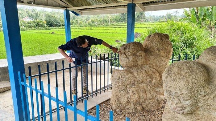Tim Ahli Cagar Budaya ( TACB ) Provinsi Sumsel melakukan peninjauan megalit yang ada di Kabupaten Lahat