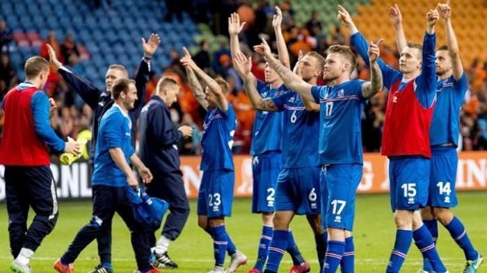 Penasaran Kenapa Nama Pesepakbola Islandia Banyak yang Berakhiran 'Son'? Ini Alasannya