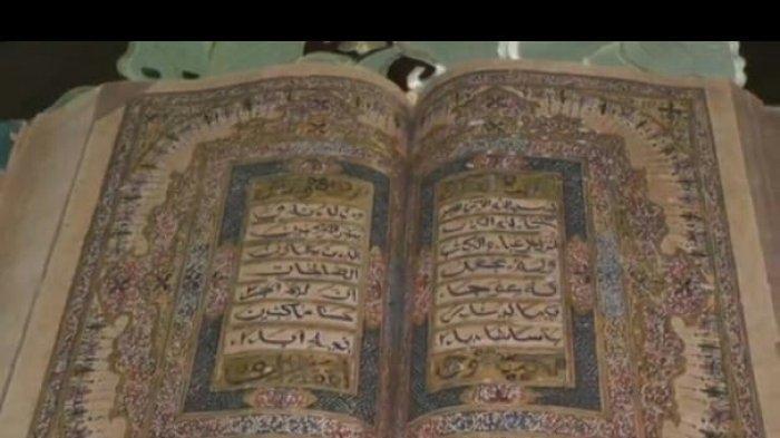 Cerita Ketelatenan Kemas Andi Syarifuddin Merawat Al Quran Bertinta Emas