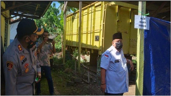 Demam Tinggi di Atas 37 Derajat, Petugas KPPS di Baturaja Raja Timur OKU Siapkan TPS Khusus
