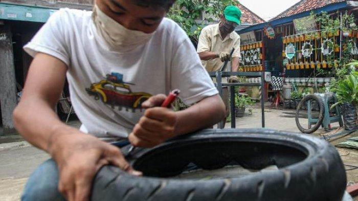 BERITA FOTO : Inovasi UMKM Untuk Negeri, Ciptakan Wastafel dari Ban Bekas dan Wajan Penggorengan - umkm-3.jpg