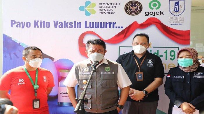 Gubernur Sumsel Tinjau Vaksinasi Bagi Driver Ojol dan Masyarakat