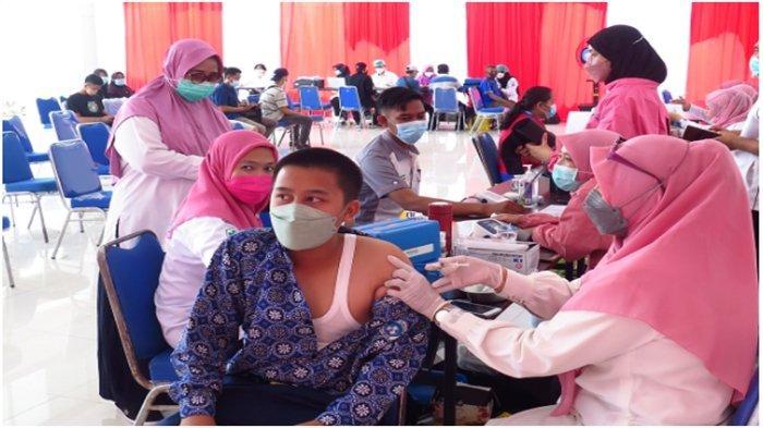 'Yes, Sudah Klop Vaksin Saya Dua Kali', Kecamatan SU I-Berlian Maju Motor Gelar Vaksinasi Massal