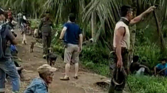 Beredar Video Ketegangan PolisiBersenjata danWarga di Perkebunan Banyuasin, Ini Duduk Perkaranya