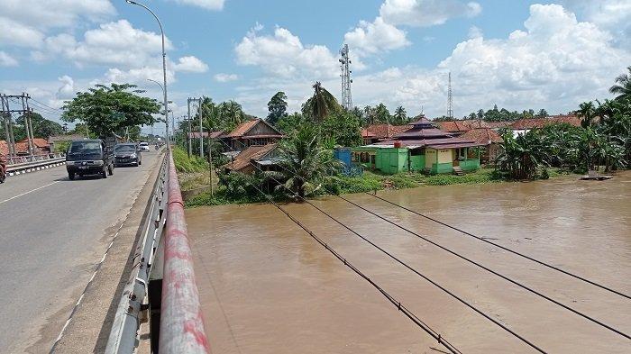 Air Sungai Rawas Naik karena Hujan Terus, Warga di Muratara Diimbau Siaga Potensi Banjir