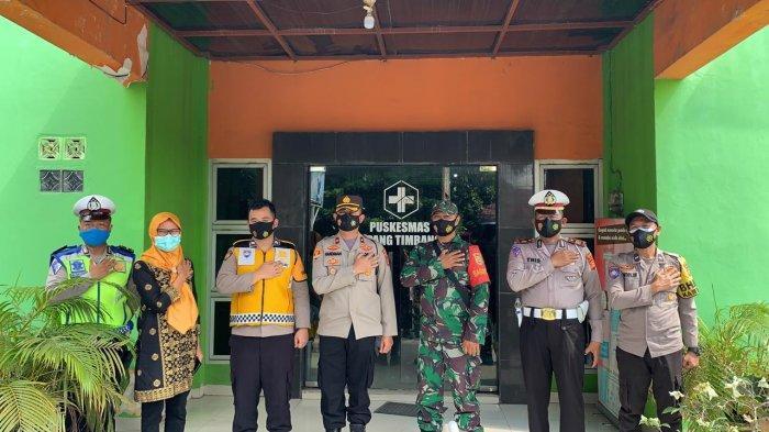 Wakapolres Ogan Ilir Pantau Vaksinasi Massal di Indralaya