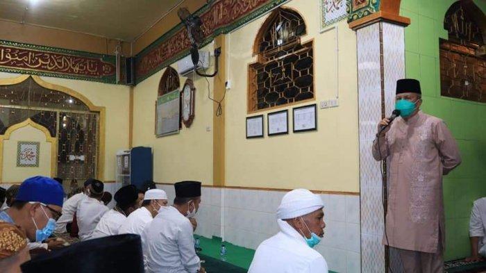 Safari Ramadhan di Masjid Baitul Amin, Wawako Lubuklinggau Minta Masyarakat Tetap Patuhi Prokes