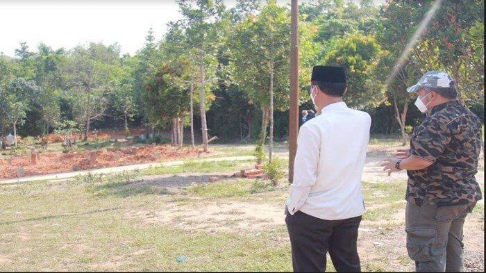 Walikota Harnojoyo Pastikan TPU Gandus Hills Dilengkapi Lampu Jalan