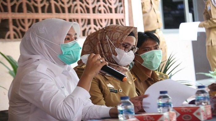 Ngantor di Kantor Camat Ilir Barat I Palembang, Ini yang Dilakukan Wawako Finda