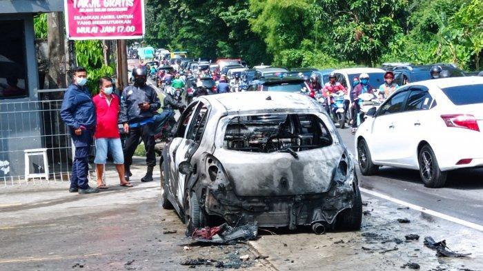 Pengendara Mobil Terbakar di Simpang Golf Ternyata Anggota Polisi, Ini Kronologinya