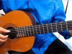 5-kunci-gitar-chord-lagu-romantis-paling-mudah-anji-andmesh-jaz-rizky-febian-cakra-khan.jpg