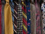 7-merek-dasi-lokal-untuk-kado-ulang-tahun-pacar-atau-teman-laki-laki-harga-murah-tapi-gak-murahan.jpg
