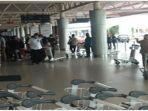 aktivitas-calon-penumpang-di-bandara-smb-ii-palembang-senin-25102021.jpg