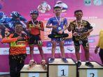 atlet-pon-ke-xx-papua-cabang-olahraga-sepatu-roda-asal-sumsel-muhammad-bagus-mardevi-kostum-biru.jpg