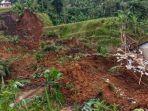 bencana-tanah-longsor-itu-terjadi-tepatnya-di-kampung-cingkeuk12234.jpg