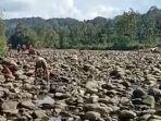 beredar-video-sungai-selabung-di-tiga-dihaji-oku-selatan-kering.jpg