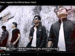 download-unduh-lagu-tuhan-jagakan-dia-motif-band-kumpulan-lagu-indonesia-terpopuler-lengkap.jpg