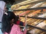 dunkin-donuts-demang-lebar-daun-senin-305_20160530_160133.jpg